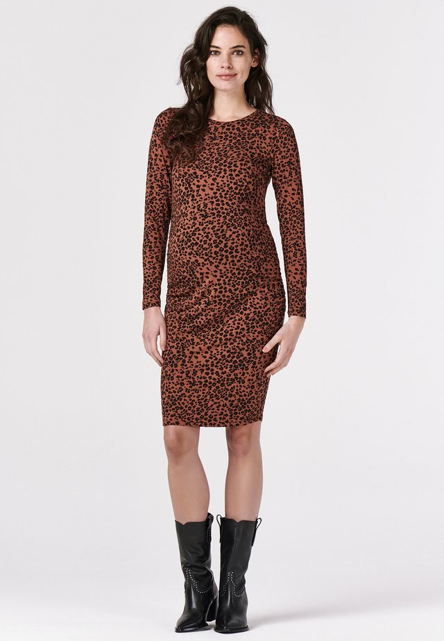 DRESS LEOPARD - Jerseyklänning - tortoise shell
