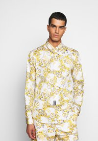 Versace Jeans Couture - PRINT LOGO NEW - Košile - bianco ottico - 0