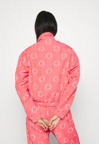 adidas Originals - TRACK TOP - Summer jacket - magic pink/white - 3
