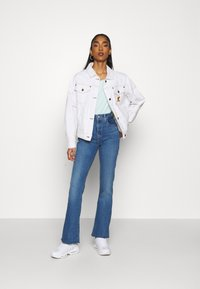 Levi's® - 725 HIGH RISE BOOTCUT - Jeansy Bootcut - rio rave - 1