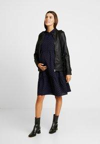 MAMALICIOUS - MLXINIA WOVEN SHIRT DRESS - Shirt dress - navy - 1