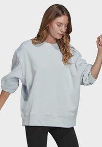 adidas Originals - ADICOLOR 3D TREFOIL OVERSIZE SWEATSHIRT - Sweatshirt - blue - 2