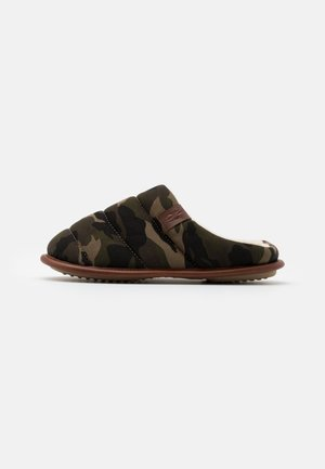 EMERY - Slippers - green