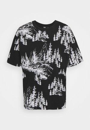 HAND DRAWN WOODLAND SCENE - T-shirts print - black/white