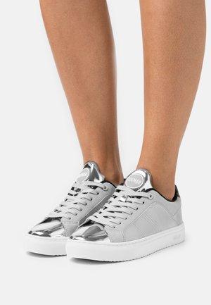 BRADBURY PUNK - Sneakers basse - silver