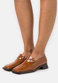 MIISTA - PECAN - Nazouvací boty - brown - 0
