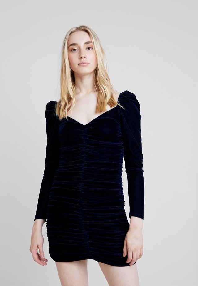 NEVA RUCHED DRESS - Kotelomekko - midnight blue