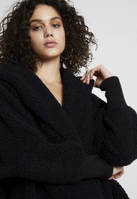 Noisy May - NMCUDDLE COATIGAN - Winter coat - black - 4