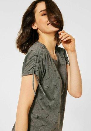 BURN-OUT - Print T-shirt - grün