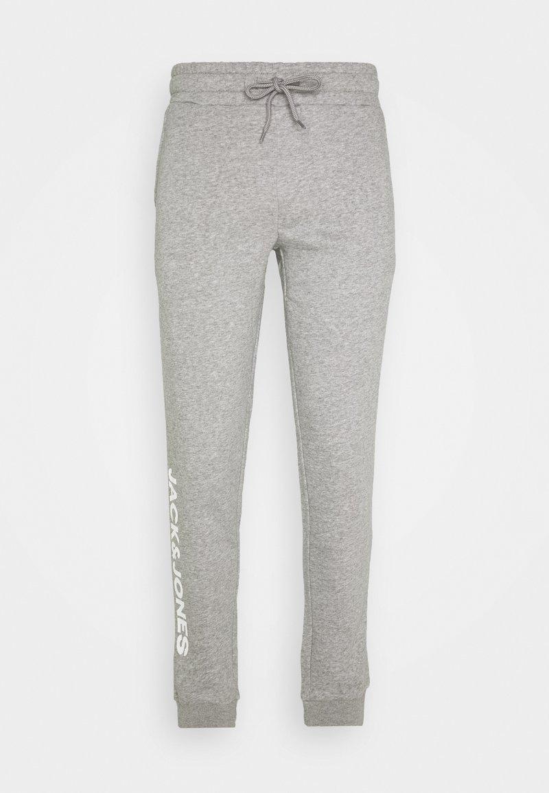 Jack & Jones - JJIGORDON SIDE SOFT PANTS - Teplákové kalhoty - light grey melange