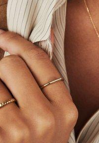 Isabel Bernard - Ring - gold-coloured - 0