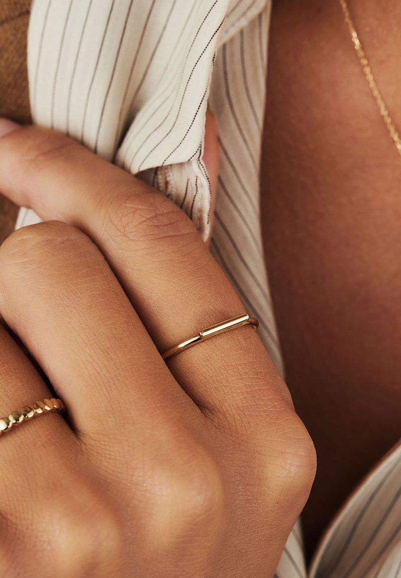 Isabel Bernard - Ring - gold-coloured