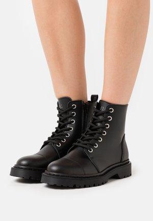 HARLEY VEGAN - Platform ankle boots - black