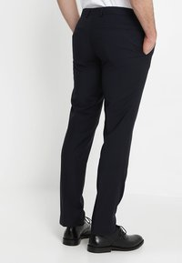 Calvin Klein Tailored - WOOL NATURAL STRETCH FITTED SUIT - Suit - true navy - 5