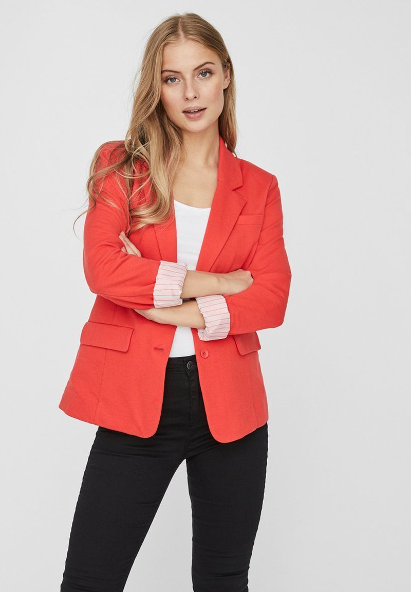 Vero Moda - VMHARUKI - Blazer - poppy red