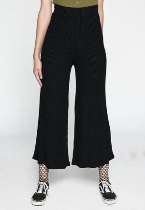CULOTTTE - Trousers - schwarz