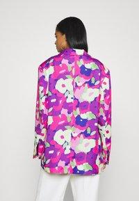 Monki - Abrigo corto - lilac/purple bright - 2