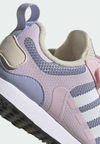 adidas Originals - ZX 700 HD CF C - Trainers - pink - 6