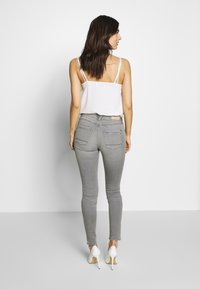 Esprit - Jeans Skinny Fit - grey medium wash - 2