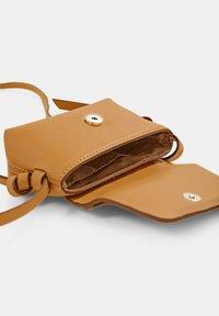 edc by Esprit - Across body bag - camel - 6