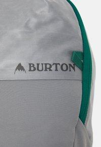 Burton - MULTIPATH 20L PACK SHARKSKIN COATED UNISEX - Ryggsekk - sharkskin - 3