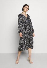 Moss Copenhagen - PRESLEY JALINA DRESS - Kjole - black - 0