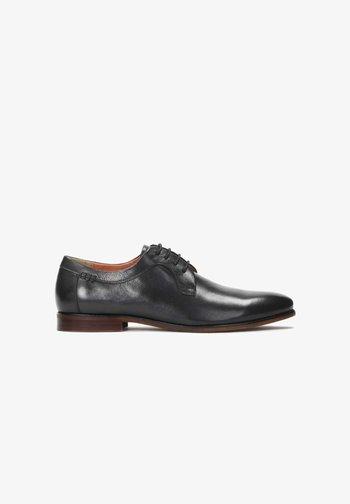 OBAN - Elegantní šněrovací boty - Black