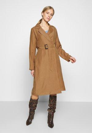 BIKIM - Zimní kabát - camel
