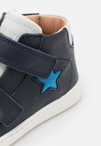 Bisgaard - VINCENT UNISEX - Baby shoes - navy - 5