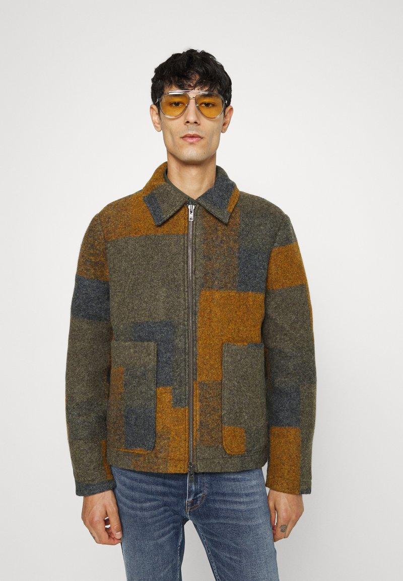 NN07 - GAEL - Light jacket - brown