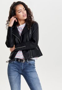 ONLY - ONLGEMMA BIKER - Faux leather jacket - black - 0