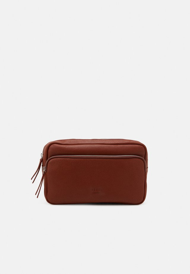 TRAIN BUMBAG UNISEX - Bum bag - cognac
