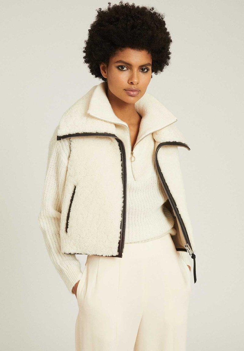Reiss - Waistcoat - white