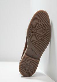 Bugatti - VANDO - Classic ankle boots - cognac - 4