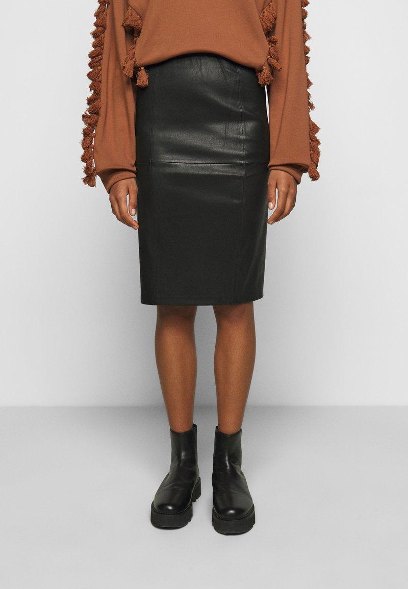 By Malene Birger - FLORIDIA - Leather skirt - black