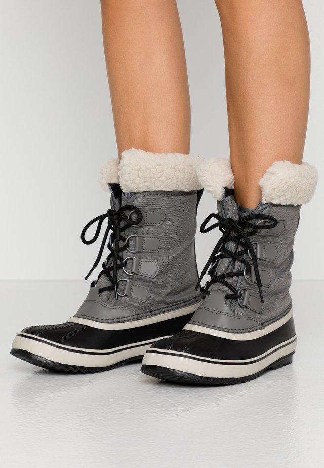 WINTER CARNIVAL - Winter boots - quarry/black