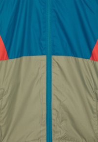 Color Kids - JACKET BLOCK UNISEX - Waterproof jacket - blue/red/khaki - 4