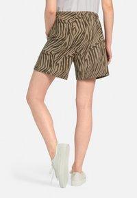 MARGITTES - Shorts - taupe/schwarz - 3