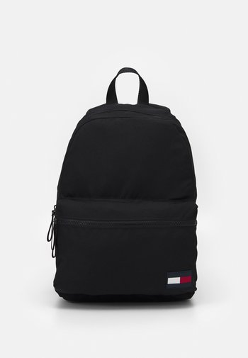CORE BACKPACK UNISEX