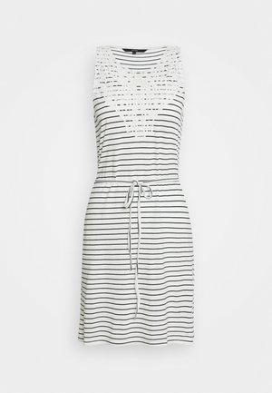 VMHELA SHORT DRESS PETITE - Day dress - snow white/night sky