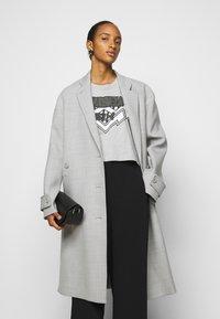 MM6 Maison Margiela - Classic coat - grey - 3