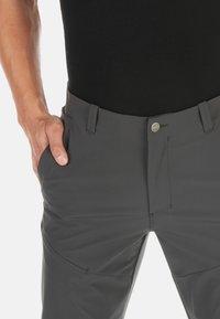 Mammut - RUNBOLD PANTS  - Trousers - dark grey - 4