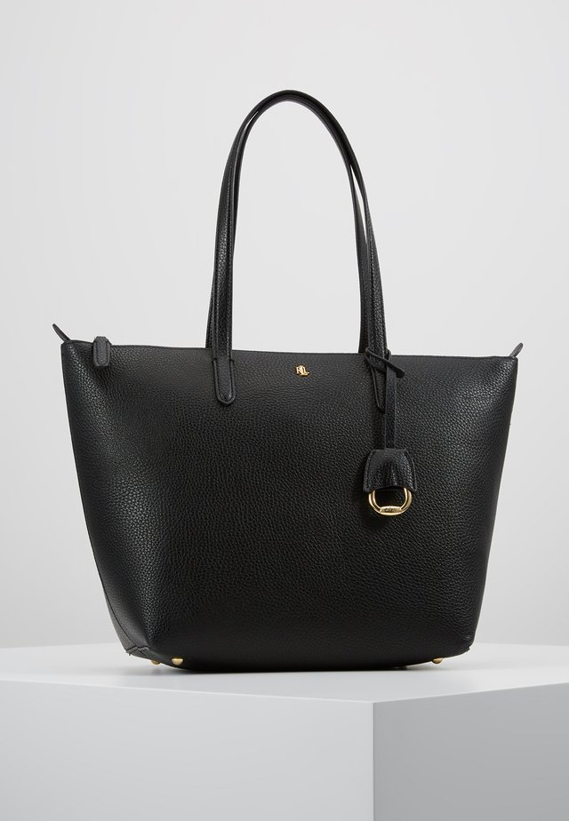 PEBBLE GRAIN KEATON - Handbag - black