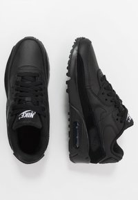 Nike Sportswear - AIR MAX 90 - Sneakersy niskie - black/white - 0