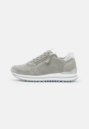 Sneakers basse - pino/silber