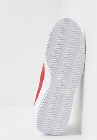 Nike Sportswear - CORTEZ BASIC - Trainers - white/varsity red/varsity royal - 4