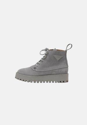 ROCKY - Snørestøvletter - grey