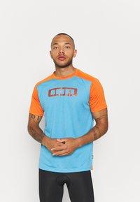 ION - TEE TRAZE - Print T-shirt - inside blue - 0