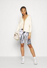 Fashion Union - CONTRASSY - Cardigan - cream - 1