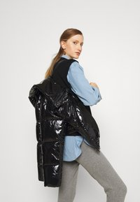 HUGO - FARY - Winter jacket - black - 3